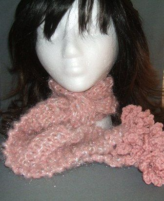 6 Free Crochet Scarf Patterns + Other Winter Combo