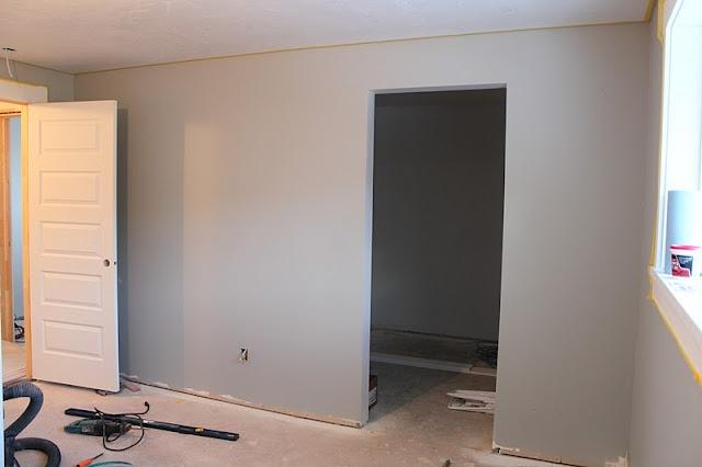 benjamin moore half moon crest home decor living room pinterest. Black Bedroom Furniture Sets. Home Design Ideas