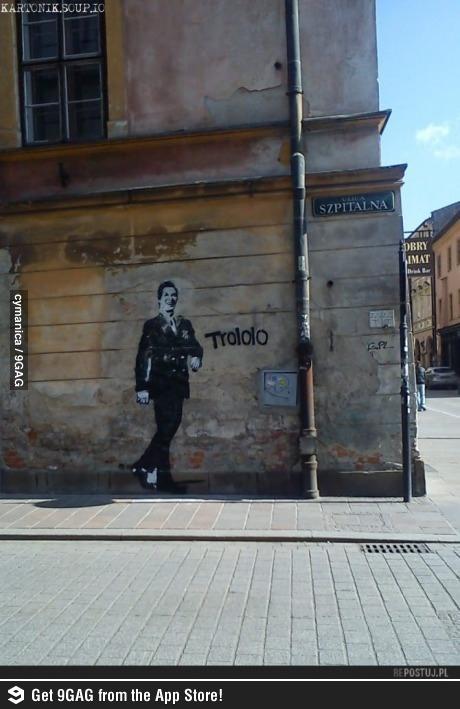 valentine's day street art