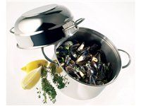 Steamed Mussels with White Wine, Tarragon, Shallots, Butter, and Gril ...