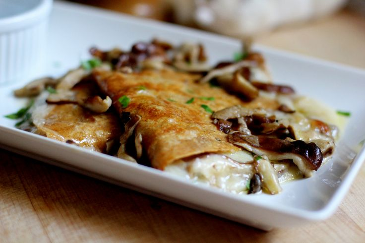 Wild mushroom, sage & fontina quesadillas from the Daily Crave - Yum!