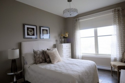 monochromatic guest room paint color benjamin moore rocky road