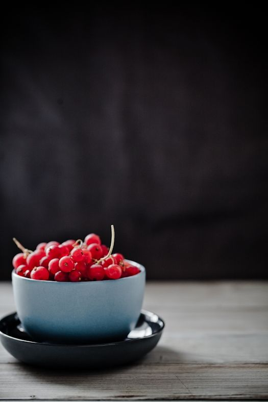 A bowl of red grapes by Helene Dujardin of Tartelette.com