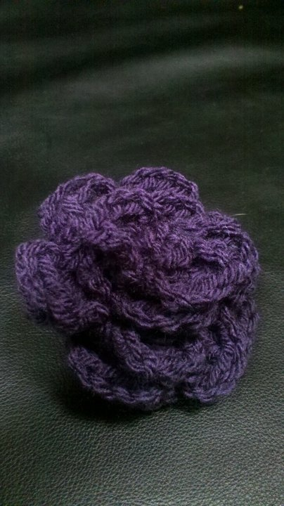 Crocheting Lessons : http://stestifie.hubpages.com/hub/3-More-Easy-Crochet-Lessons-YouTube