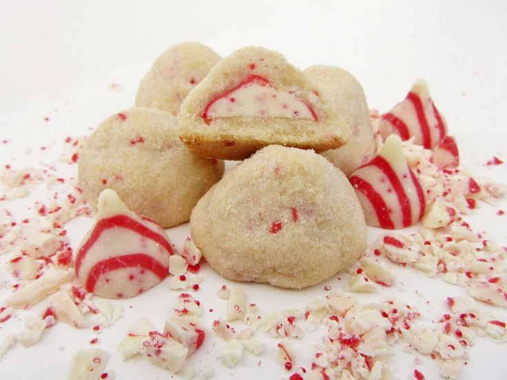 candy cane kiss cookies | Holidays | Pinterest