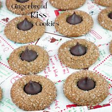 Hershey Kiss Gingerbread Cookies | COOKIES AND BARS | Pinterest