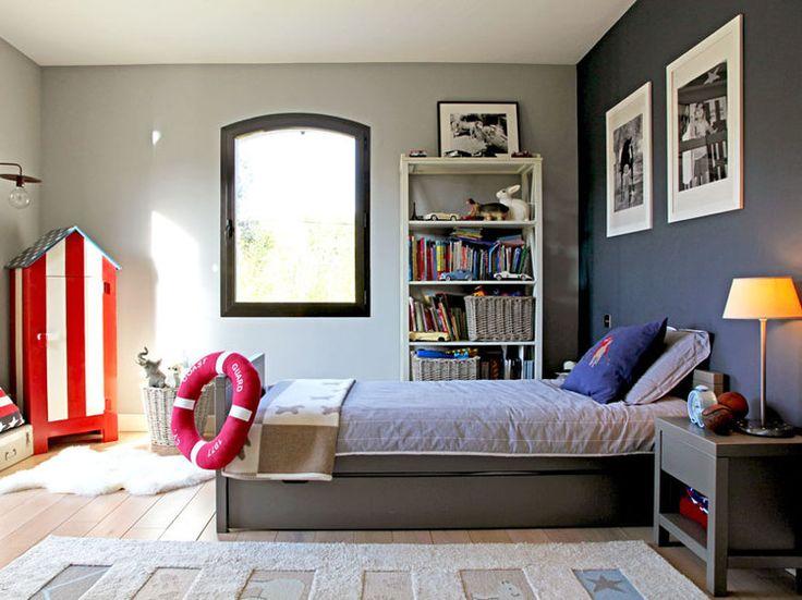 Une chambre de petit gar on home designs pinterest for Chambre petit garcon