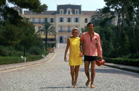 the jourdans : french riviera 1969 : slim aarons