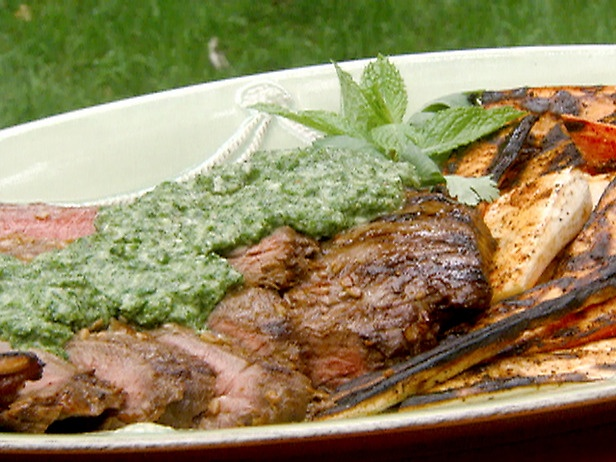 Grilled Flank Steak with Mint-Cilantro Mojo and Grilled Carrots and P ...