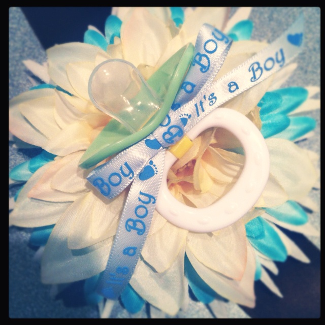 baby shower corsage for mom to be baby shower pinterest