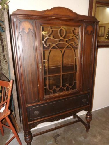 Antique Mahogany Art Deco China Cabinet Fret Work One Door