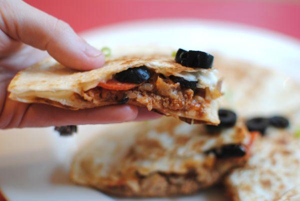Pizza Quesadillas   ♥ Pizzas, Quesadillas, Sandwiches ...