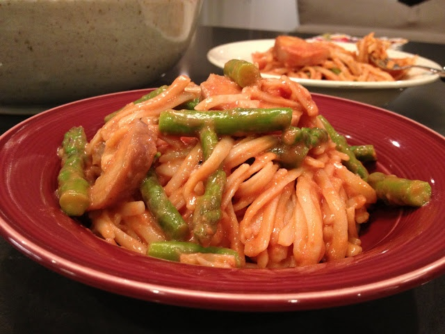 -mouth gluten free spaghetti with asparagus and decadent tomato sauce ...