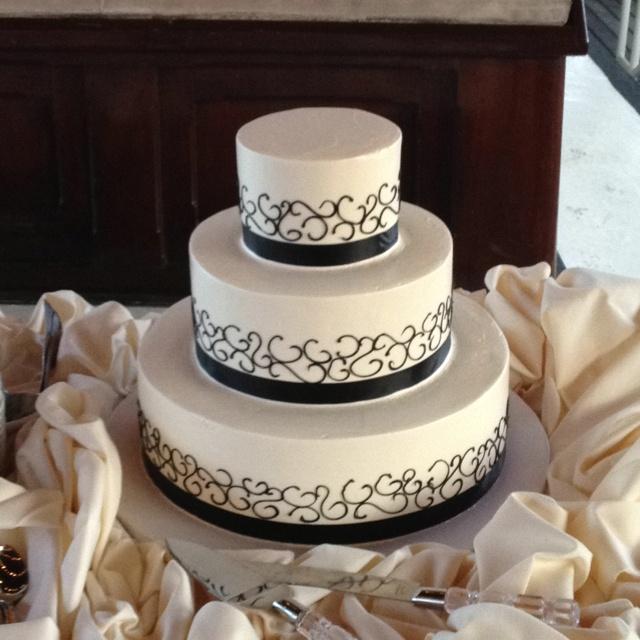 entertain pinterest wedding cake mistakes