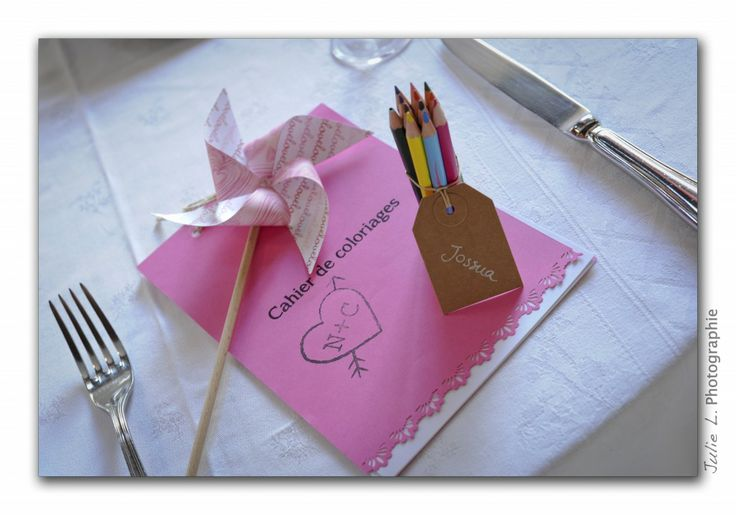 déco mariage champêtre chic rose et gris  table enfant