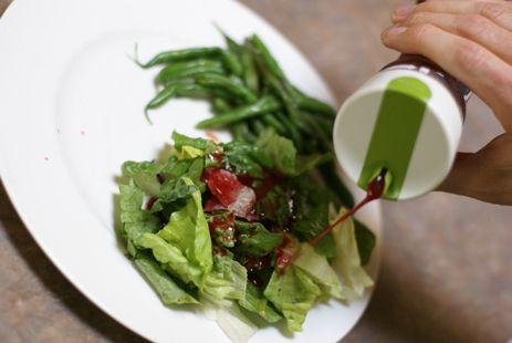 blackberry vin on salad 2 Blackberry Vinaigrette Recipe