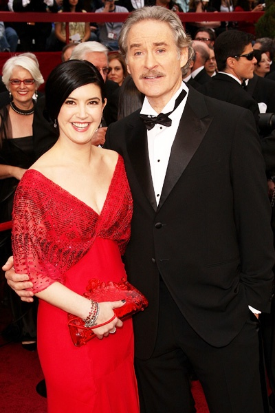 Phoebe cates wedding related keywords suggestions for Phoebe cates still married kevin kline