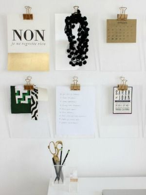 Here's how to make gold and acrylic clipboards, perfect for organizing an office or craft room. (From @Mandy Pellegrin) #diy #crafts