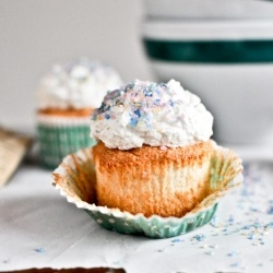 angel food cupcakes | Cakes, Cupcakes, and Pastries | Pinterest