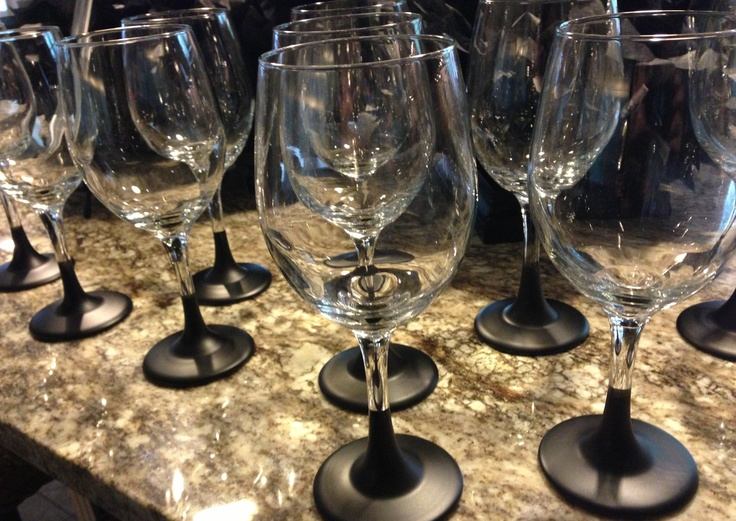 Pin by diamond hanson on glasses pinterest for Spray painting wine glasses