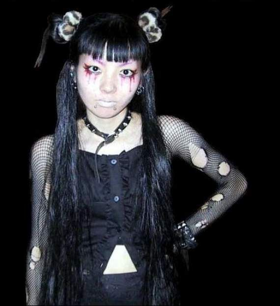 #Goth girl from Japan, hair inspiration!