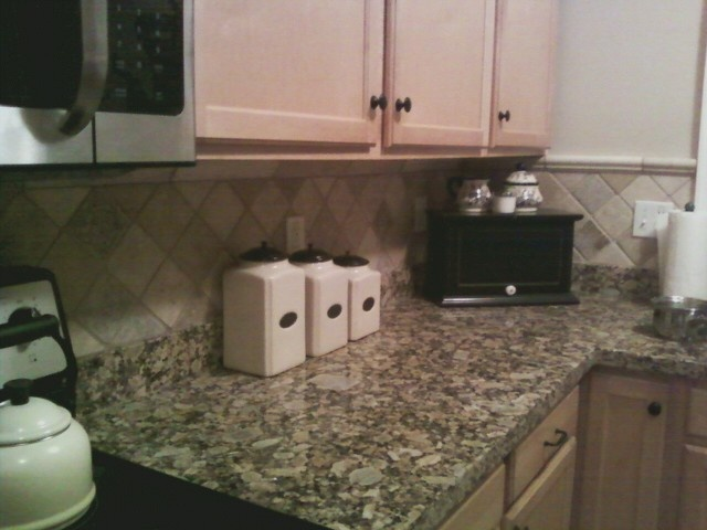 kitchen backsplash brokenbutmadenew pinterest kitchen backsplash kitchen tile backsplash pinterest