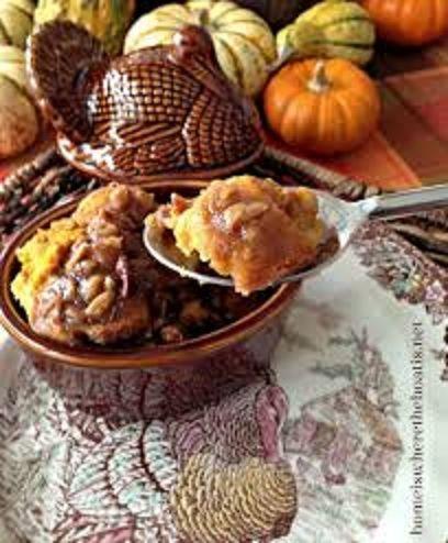 Pecan Pumpkin Bread Pudding http://dairymaiddairy.com/caramel-pecan ...