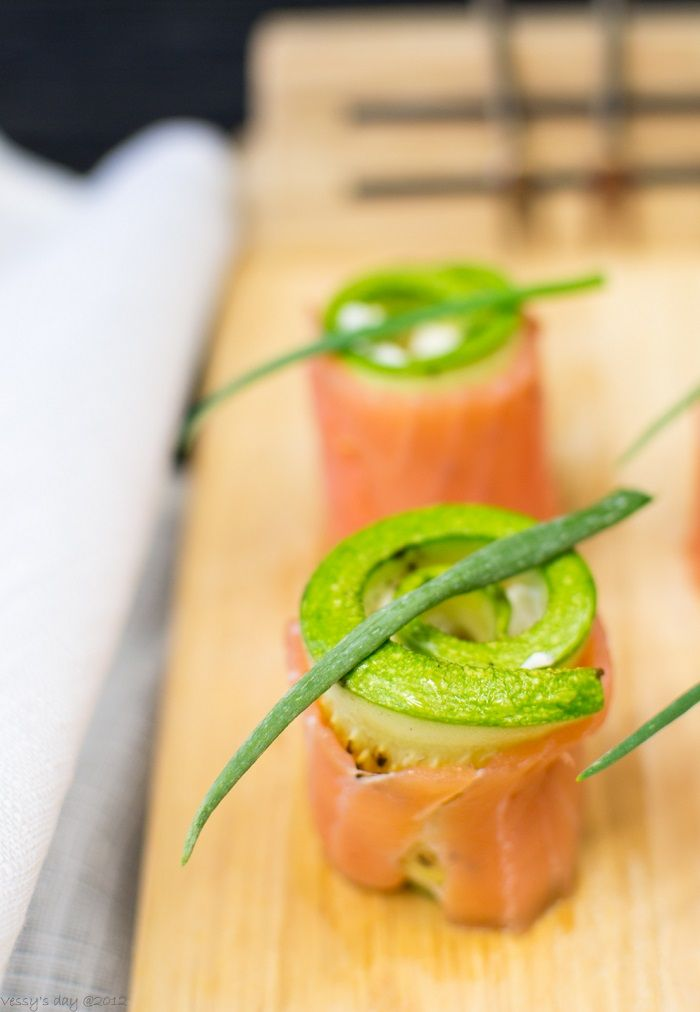 Salmon rolls with cream cheese | Recipes | Pinterest