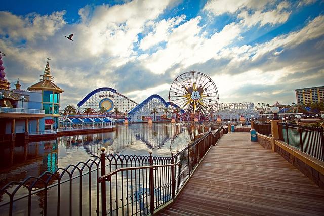 pier to paradise wallpaper - photo #24