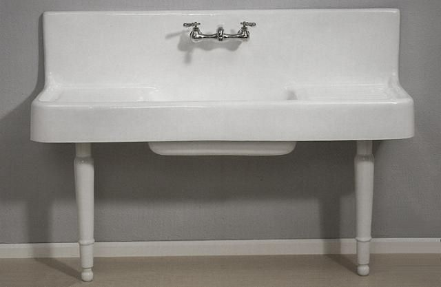 vintage-looking utility sinks!! The Clarion Farmhouse Drainboard Sink ...