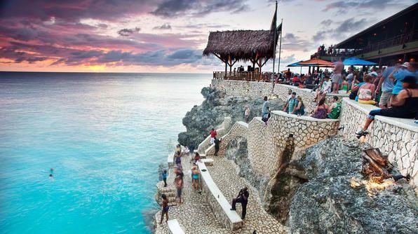 Best Beach Bars: Rick's Cafe, Negril, Jamaica