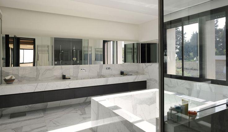 Villa Yarze by Rau00ebd Abillama Architects : bath-fan : Pinterest