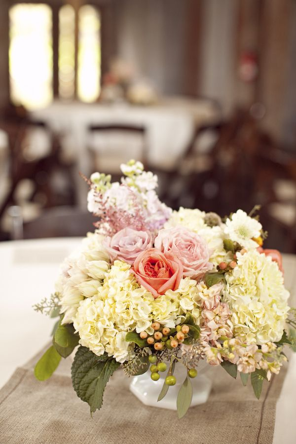 Country Chic Wedding Flowers