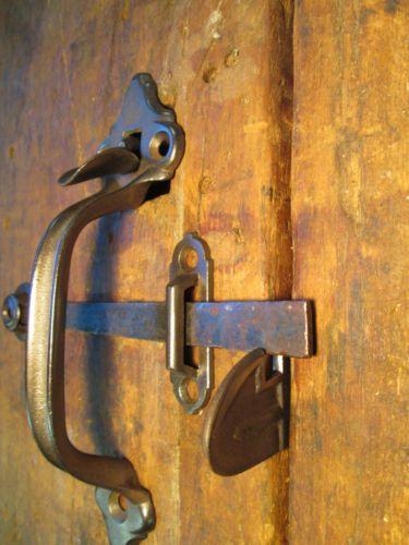 One antique barn door handle thumb latch set for Antique barn door latches
