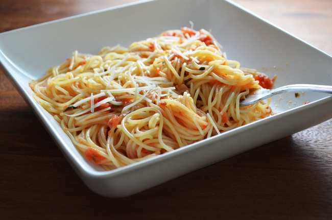 Simple Spaghetti With Tomato Sauce Recipes — Dishmaps