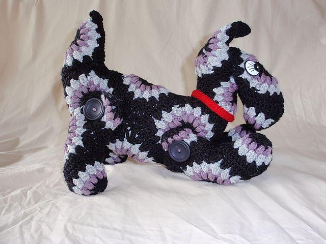 Amigurumi Scottie Dog Pattern : Pin by Pam T. on Knit1Crochet2 Pinterest