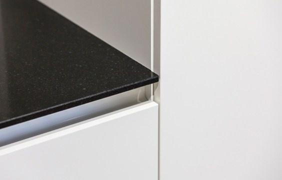 Rechte Keuken Zonder Bovenkastjes : Rechte Keuken Zonder Bovenkastjes : Rechte keuken met Siemens inbouw