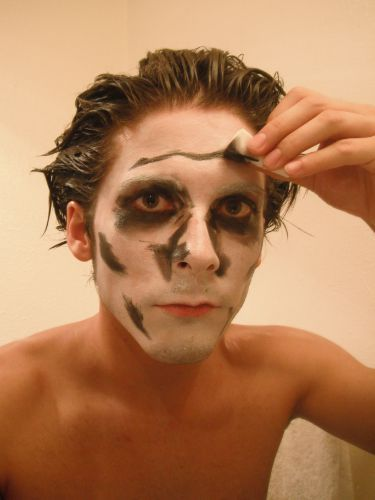 Pin by emily mullens on jbear pinterest for How to apply face paint