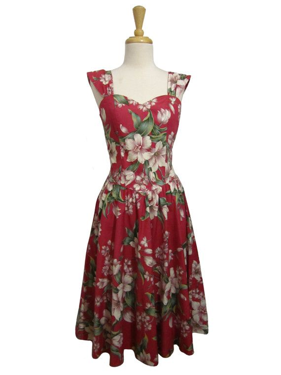 Vintage Hawaiian Passionate Floral Dress by MaamSouffle on Etsy
