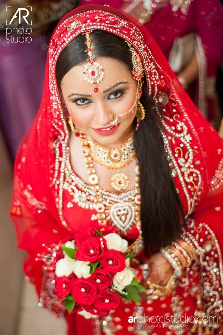 red indian wedding dress | {invitation design} jessica | Pinterest