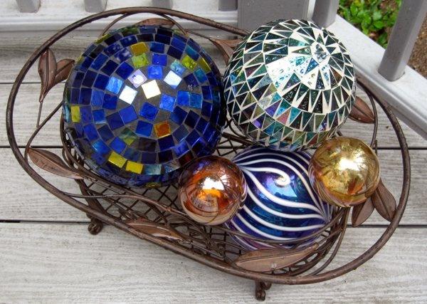 decorative balls in wire basket Beautiful Home Decor