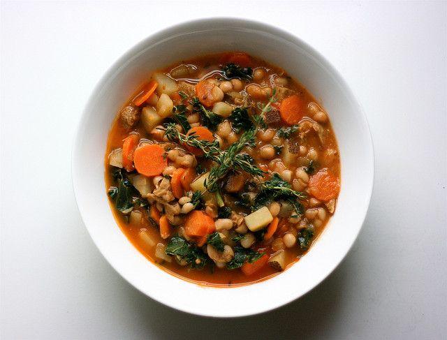 Tuscan White Bean Soup | Going Mediterranean | Pinterest