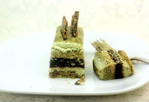 Green Tea – Pistachio – Chocolate – Sesame Mousse Cakes