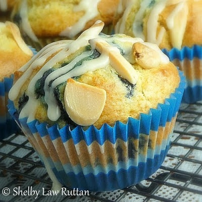 ... Life & Loves of Grumpy's Honeybunch: Blueberry Almond Cream Muffins