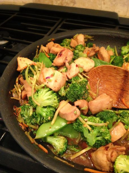 chicken and broccoli stir fry over brown rice