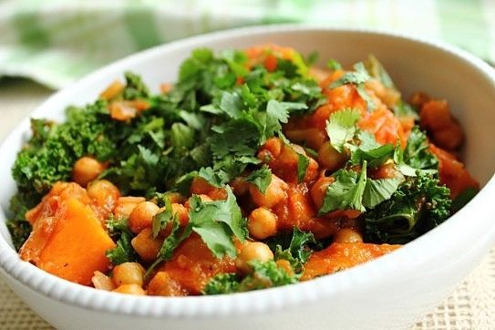vegan spiced kale, sweet potato and chickpea stew