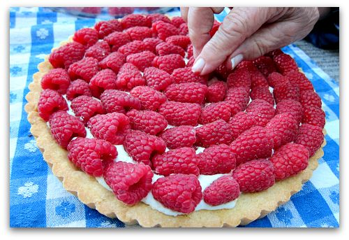 Sour Cream Raspberry Tart | Food & Entertaining | Pinterest