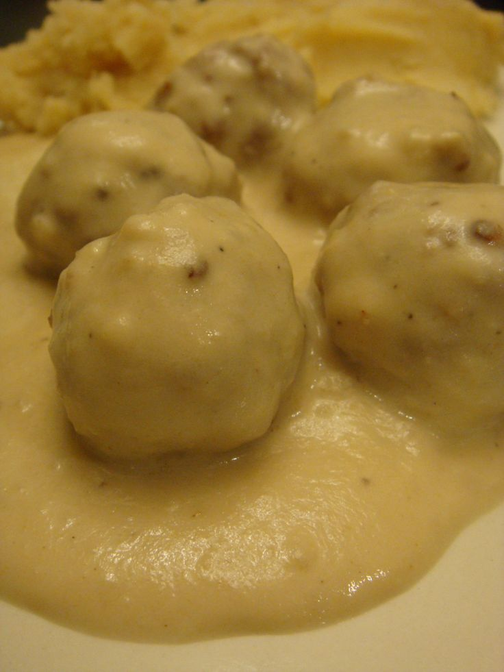 Oh Shit!!! The BF Is gonna love me... Swedish Meatballs, IKEA style