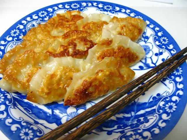 Gyoza - Japanese Pan-Fried Dumplings | Gastro-Illumination Foodism ...