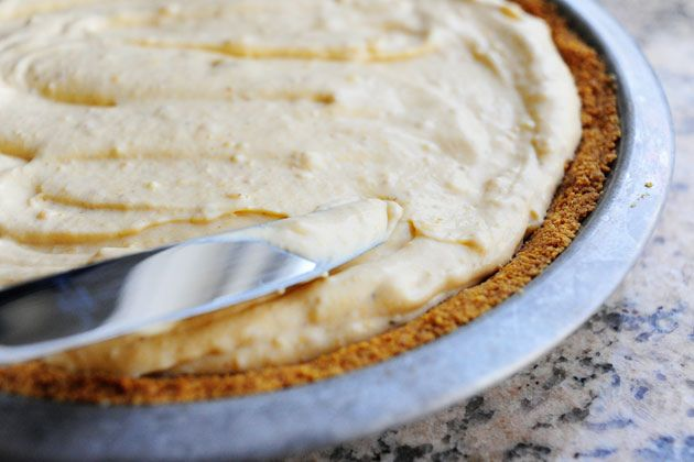 Pumpkin cream pie. Not only does this look wonderful but I love how ...